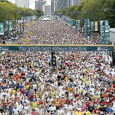 More than 30-thousand runners at Chicago Marathon